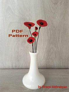 Crochet poppy pattern PDF  #Crochetpoppy #pattern PDF #redflower #bouquet #Weddingbouquet #Photographyprops #Homedecor #TableSet #Easterflower decoration