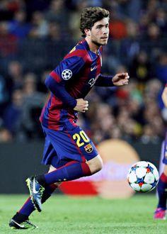 Sergi Roberto Sergi Roberto, Fc Barcelona, Soccer, Baseball Cards, Hot, Sports, Futbol, Soccer Ball, Torrid