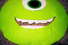 Hester Way: Easy DIY Mike Wazowski Costume Diy Mike Wazowski Costume, Bat Signal, Superhero Logos, Color Pop, Easy Diy, Diy Projects, Costumes, Dress Up Clothes, Fancy Dress