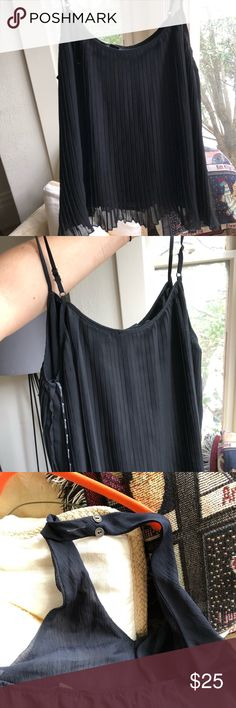 Forever 21 black tops (pair) Pleated cropped top and black halter top Forever 21 Tops Crop Tops