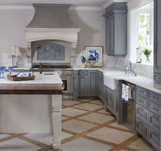 Irish Sea Kitchen - traditional - kitchen - san diego - Flagg Coastal Homes