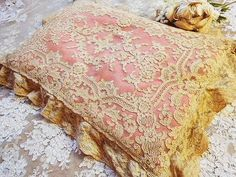 vintage lace pillow. So pretty I think maybe I could do this....