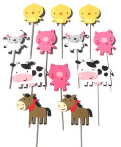 12 Cute Farm Animal Themed Cupcake Toppers by ScrapsToRemember