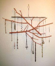 jewellery display..innteresting.