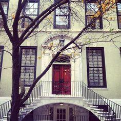 New York City Symmetry.  Rent-Direct.com - NY Rental Apartments with No Broker's Fee.