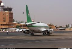 Boeing 737-2N9C/Adv The Niger presidental aircraft, shortly after disembarking its VIP's via the red carpet