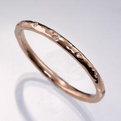 Thin Diamond Wedding Ring Skinny Hammered Texture Gold Wedding Band Engagement Ring Styles, Rose Gold Engagement Ring, Diamond Wedding Rings, Gold Wedding, Gay Wedding Rings, Rustic Engagement Rings, Wedding Pins, Trendy Wedding, Simple Wedding Bands