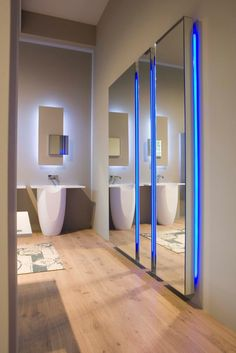 #bathroom #mirror with light DIVO by Antonio Lupi Design | #design Domenico De Palo @antoniolupi