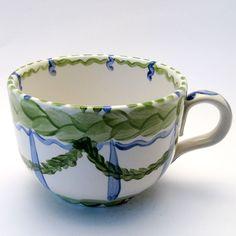 Tassen & Häferl der Familie VertBleu! Die Grün-Blaue Designfamilie von Unikat-Keramik. Das wohl einzigartigste Keramik Geschirr der Welt! Tableware, Unique, Design, Blue Green, Tablewares, World, Dinnerware, Dishes