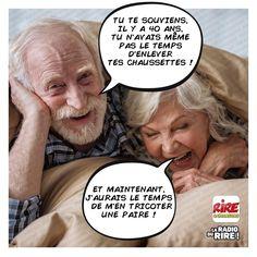 et le temps qui passe... French Meme, Image Fun, Funny Laugh, Philosophy, Haha, Jokes, Couples, Chistes, Nativity Scenes