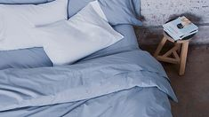 Brooklinen uses industry-leading materials and practices: 270-thread count, 100% long-staple cotton percale weave, and work with one of the world's greatest finishing factories to ensure consistent quality.