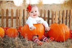 {photography with lei} holiday photos - Simply Kierste Fall Baby Pictures, Cute Kids Photos, Fall Family Photos, Holiday Pictures, Fall Photos, Great Pictures, Fall Pics, Baby Pumpkin Pictures, Kid Photos