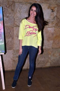 Aamir Khan, Kiran Rao, Kalki Koechlin, Shraddha Kapoor and other well-known names from Bollywood were present at the screening of Margarita, With A Straw. Bollywood News, Bollywood Fashion, Kiran Rao, Aso Ebi Dresses, Shraddha Kapoor Cute, Sraddha Kapoor, Beautiful S, Ankara Skirt, Jean Top
