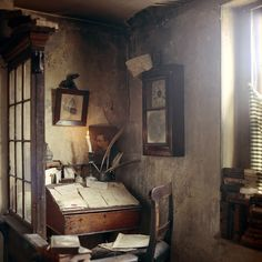 Dennis Severs' 18thC home in Spitalfields; Dickens Room, 4th floor
