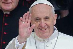 Papa Francisco a periodistas: La Iglesia no es de naturaleza política, sino espiritual