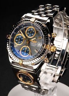 Beautiful Breitling Chronomat Automatic with a grey dial. Presenting the finest Men's Watches collection inspiration sharing. Best gift for men in fine suits. Amazing Watches, Best Watches For Men, Fine Watches, Luxury Watches For Men, Beautiful Watches, Cool Watches, Wrist Watches, Men's Watches, Rotary Watches