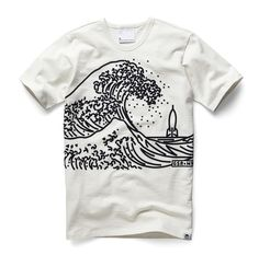 Round neck tee with a raised graphic inspired by traditional Japanese block…