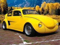 The Funny Volkswagen Beetle, The bug has become a cult car. See Will and Guy's PowerPoint Presentation Vw Beetle Parts, Beetle Car, Custom Vw Bug, Custom Cars, Ferdinand Porsche, Combi Wv, Bug Car, Vw Cars, Mellow Yellow