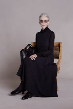 LINDA RODIN FOR THE ROW | Sun Chasers