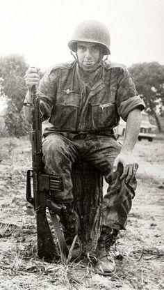 Portuguese Para w/ AR10 in Angola-Mozambique