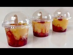 Mini Mangonadas Con Chamoy y Mango Natural Mexican Snacks, Mexican Food Recipes, Jello Recipes, Gourmet Recipes, Mangonada Recipe, Crema Recipe, Stuffed Peppers Healthy, Individual Desserts, Fruit Cups