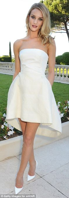Rosie Huntington-Whiteley in Christian Dior @ 2013 Cannes. Super cute dress structure for rehearsal dinner