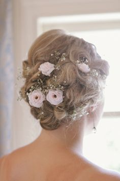 Sweet floral updo, kinda like my wedding style, only this has real flowers and was prolly done by not her sisters. Floral Wedding Hair, Wedding Day, Romantic Hairstyles, Wedding Hairstyles, Candle Wedding Centerpieces, Wedding Styles, Trendy Wedding, Fall Wedding Colors, Bridal Hair And Makeup