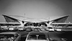TWA Terminal at Idlewild (now JFK) Airport, Eero Saarinen, New York, NY, 1962. Photo by Ezra Stoller