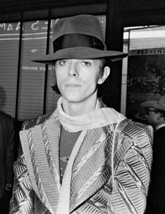 #the lizard can wear a hat #bowie #70s
