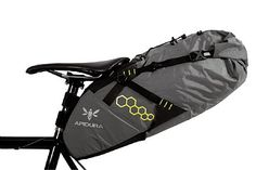 Apidura is a new brand that makes ultralight cycling bags for bikepacking and distance road cycling. The brand takes weight saving seriously, and their packing systems are designed to optimize bike handling and weight distribution, this enables cycli Cycling Bag, Cycling Bikes, Cycling Equipment, Road Cycling, Bike Storage Systems, Mtb, Bikepacking Bags, Bicycle Bag, Fat Bike