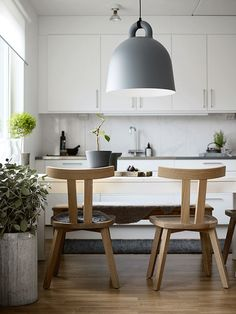 Natural simplicity in a new apartment near Stockholm