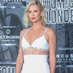 Charlize Theron Attends 'Atomic Blonde' World Premiere In Berlin Charlize Theron, Girl Pranks, Berlin, Atomic Blonde, Best Commercials, Lucerne, Healthy Eating Habits, The Absence, Girl Model