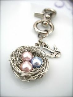 Prim Rose Hill Studio: ♥ Friday Flickr Inspiration: Wire-wrapped Jewelry ♥