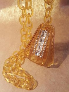 Art Deco Reverse Carved Bakelite Apple Juice Necklace With