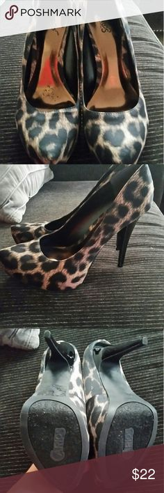 Carlos Santana Leopard heels They're gorgeous and are the perfect way to dress up a black shirt and jeans. I am in love with them but I traded for them and they are too narrow for my feet... They are so awesome I wish my feet would fit. Carlos Santana Shoes Heels