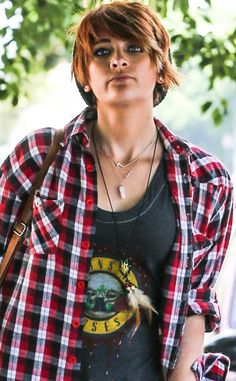 "Paris Jackson from The Jacksons: A Who's Who of the Family Members  The 15-year-old daughter of the late Michael Jackson. She was recently hospitalized after an alleged suicide attempt, with sources telling E! News the young star has been ""dealing with depression."""