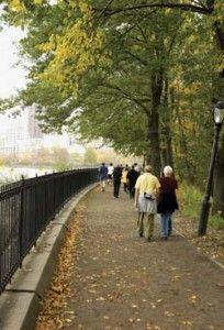 Seniors: #Walkability Benefits for an Aging Public + #BabyBoomers #seniors #walk