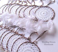 Dream Catcher Patterns, Dream Catcher Decor, Bohemian Art, Boho Diy, Wedding Party Favors, Diy Wedding, Flower Shop Design, Dreamcatchers, Mandala Design