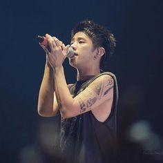 WEBSTA @ yun_rock - このTAKAめっちゃ幼くない?#korea