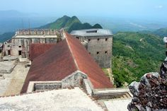 Citadelle Laferrière aka The Citadel in Haiti. Honeymoon Destinations, Amazing Destinations, Cool Places To Visit, Places To Travel, Celebrity Cruises, Princess Cruises, Royal Caribbean, Italy Vacation, Romantic Travel