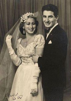 Author Ehsan Abdel Qudous and wife Arab Celebrities, Celebs, Egyptian Movies, Egyptian Actress, Egyptian Women, Old Egypt, Arabic Art, History Photos, Old Pictures