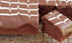 Mary Berry Cooks: Rich chocolate tray bake with feathered icing