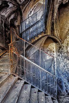 rusty steps by christian-richter on deviantart.com