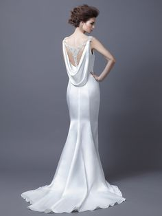 HARMONY / Enzoani Colletion / Enzoani / Available Colours : Ivory, Diamond White (back)