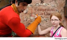 Girl at Disneyworld challenges Gaston to an arm wresting contest