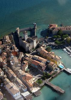 Lombardia, Sirmione, lago di Garda #Gardaconcierge Beautiful place for shopping, relaxing, and music in the piazzas