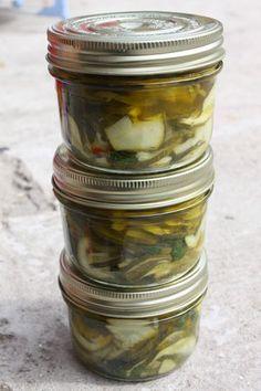 Bocaux de courgettes marinées à la menthe - Chez Requia, Cuisine et confidences…