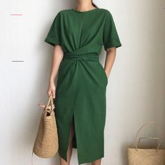 Elegant Twist Tie Waist and Front Slit Midi Dress - 3 Colors - #elbiseler - Elegant Twist Tie Waist and Front Slit Midi Dress. Can be tied at the back or front (knot or crossed) or tight or loose. Great minimalist solid cotton dress. 3 Colors: Khaki, Green & White Please see the size chart for fit and ordering. Approx fits US XS-M One Size :  Gender: Women Sleeve Length(cm): Short Style: Casual Material: Polyester/Cotton/Linen Blend Sleeve Style: Regular Pattern Type: Solid Dresses… Fashion Vestidos, Fashion Dresses, Look Fashion, Korean Fashion, Minimalist Outfit, Minimalist Style, Collars For Women, Korean Dress, Inspiration Mode