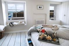 Delightful cozy home right on the harbor's edge
