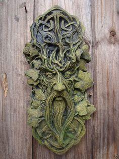 CELTIC GREEN MAN GREENMAN DECORATIVE WALL PLAQUE Frostprf STONE garden ornament:
